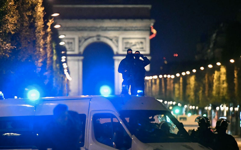 Paris Shooting: One Police Officer Killed, Two Wounded in Terror Attack